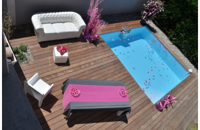 terrasse plage de piscine en bois. Black Bedroom Furniture Sets. Home Design Ideas