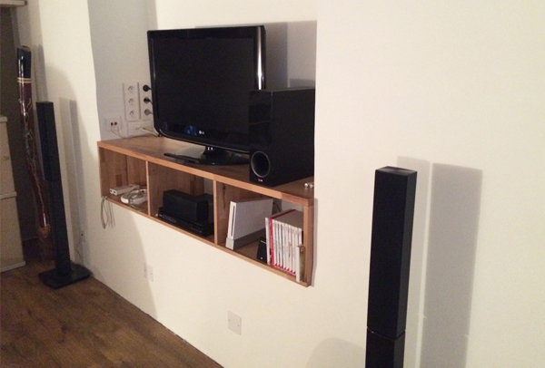 fabrication d 39 un meuble tv sur mesure en bois de h tre massif. Black Bedroom Furniture Sets. Home Design Ideas
